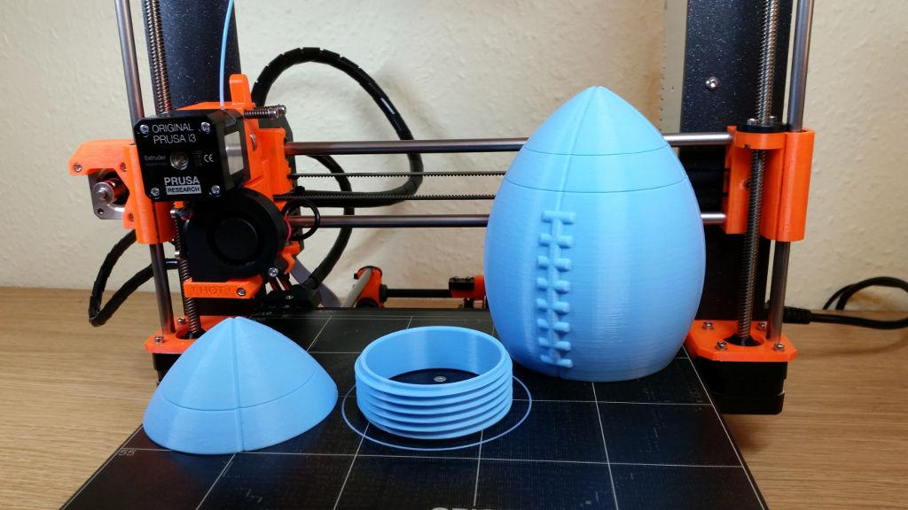 3D Printed American Football by Agustin Flowalistik